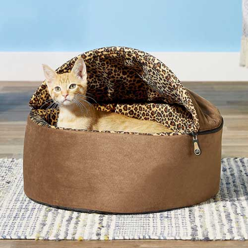 K&H Pet Products Thermo Kitty Deluxe Hooded Cat Bed